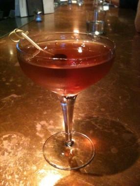 Manhattan_cocktail
